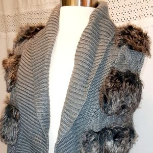Pink Rose faux fur knitted vest Latge womens gray